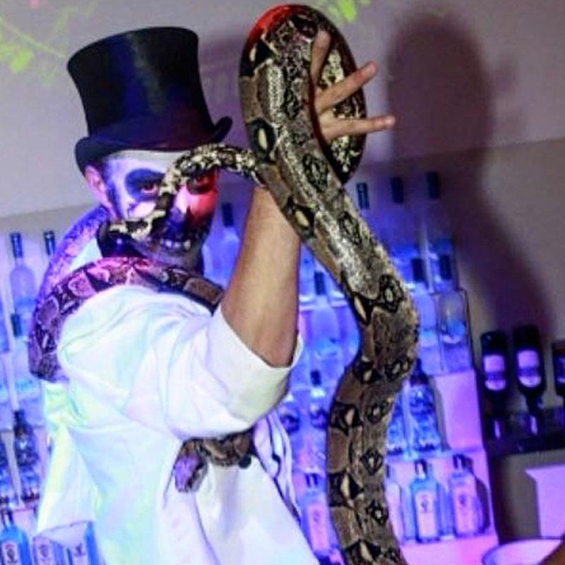 dompteur de serpent